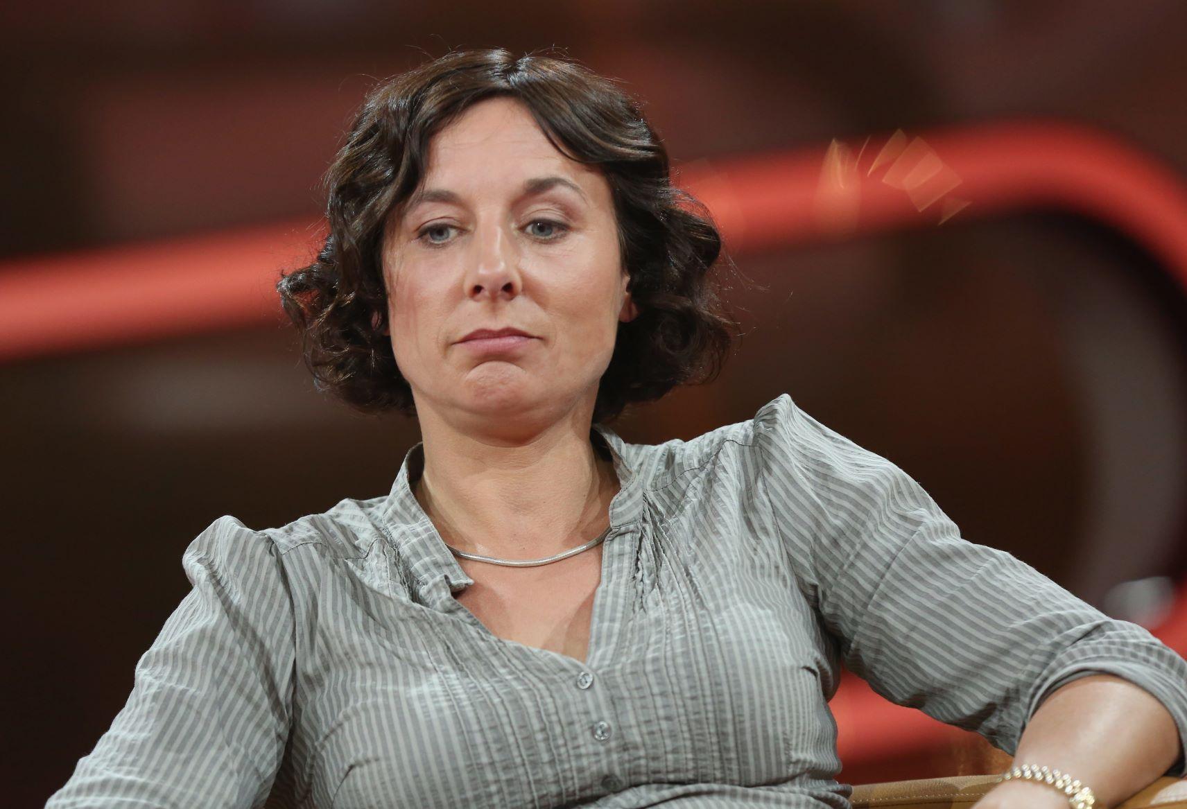 Arrogant singlebörsen frauen Singlebörsen Frauen