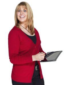 junge Frau (22 Jahre) mit iPad / Tablet PC