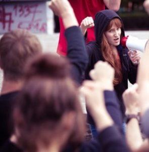 Frauen protestieren