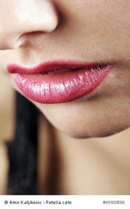 Künstliche Lippen?